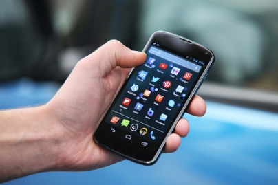The_Best_Smartphones_to_Buy_in_2015__ExpatFinder_Articles1
